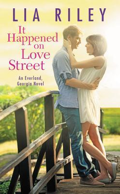 Review: It Happened on Love Street by Lia Riley